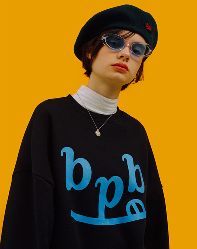[2차 리오더] bpb Smile Logo Sweatshirt_Black