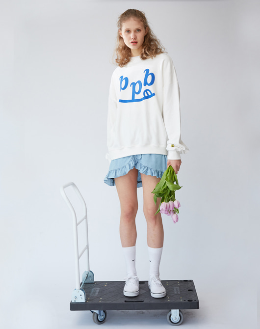 [CLC 은빈 착용] Smile B Sweatshirt_White