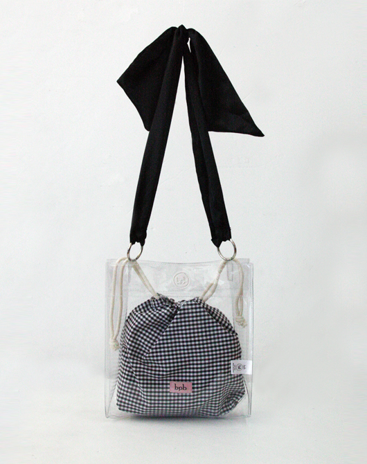 [SALE 30%][송해나, CLC 예은 착용] Aqua Bag (Black Check)