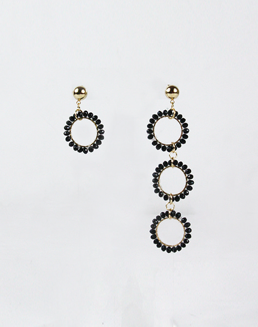Round Gold Unbal Earring_Black [limited edition]